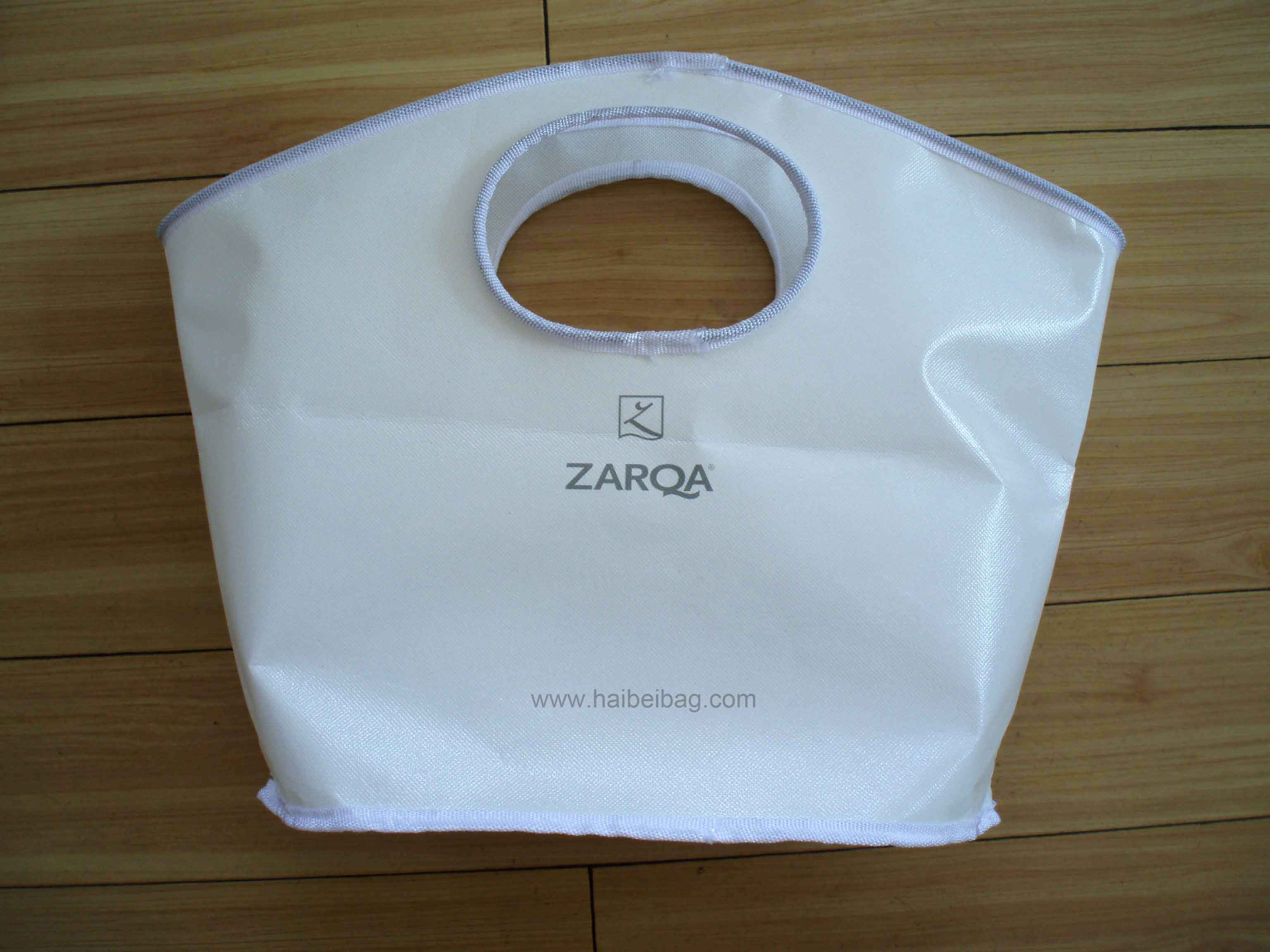 PP Bag with round hole handles