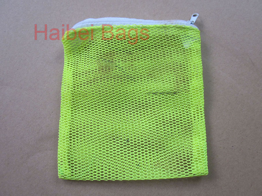 Mesh Bag with Zipper Closure